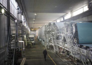 Dimezzato consumo <b>acqua</b>: così Fedrigoni produce carte sostenibili