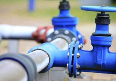 Un litro d'<b>acqua</b> su due si perde nella rete, ma i ternani lo pagano lo stesso. E a peso d'oro
