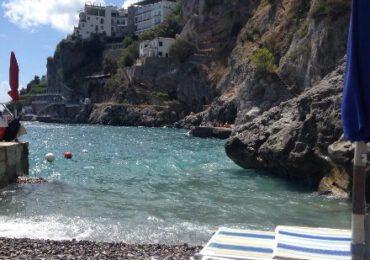 Sorpresa Amalfi, la spiaggia delle Sirene non è balneabile